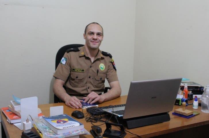 Coordenador do 'Policiais Antifascismo' no Paraná é alvo daPM