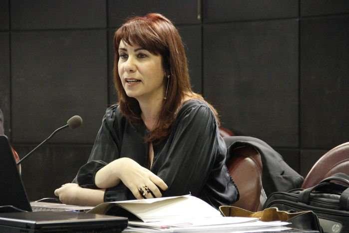 """""""O que eu quero é evitar uma tragédia"""", diz promotora em apelo contramanifestações"""
